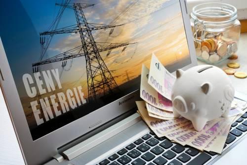Češi netuší, že změnou dodavatele mohou na energiích ušetřit tisíce ročně